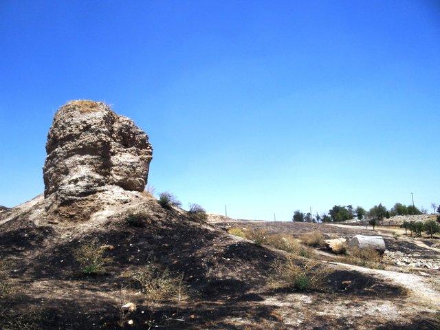 با معبد عظیم آناهیتا چه کردهایم؟